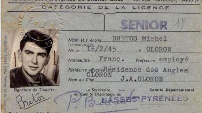 M. Bretos